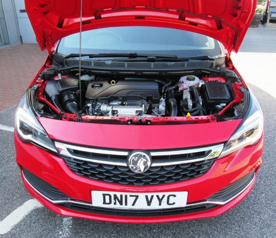 VAUXHALL Astra 1.4 I Turbo 16v SRi VX-Line 5dr 2017 Only