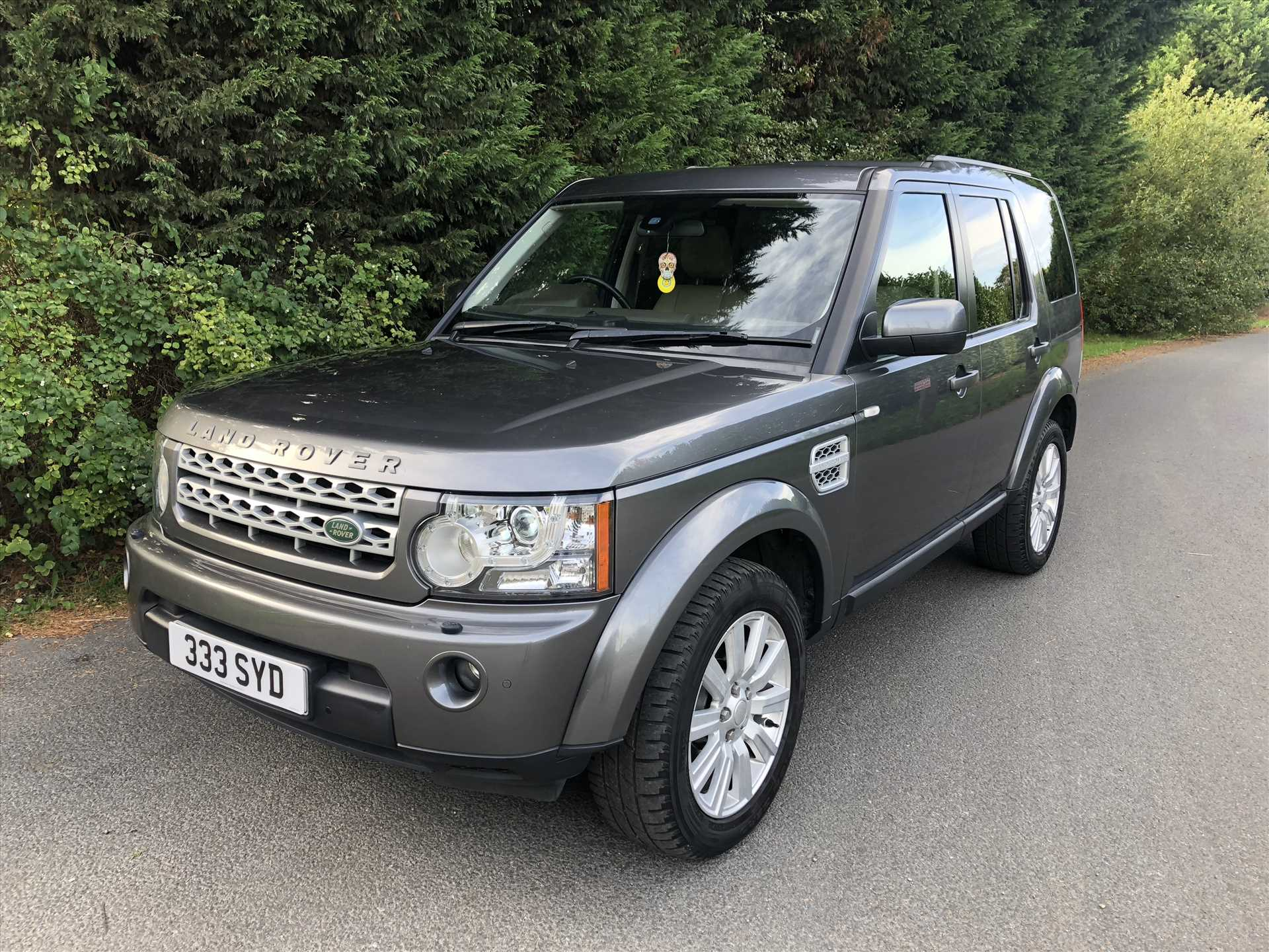 land rover discovery 4 xs 3 0 sdv6 automatic 4x4 7 seater. Black Bedroom Furniture Sets. Home Design Ideas